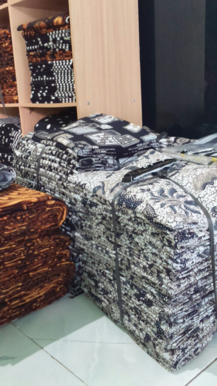 Seragam Batik Karanganyar